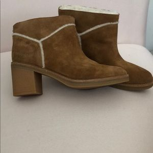 UGG Kasen Winter Boot